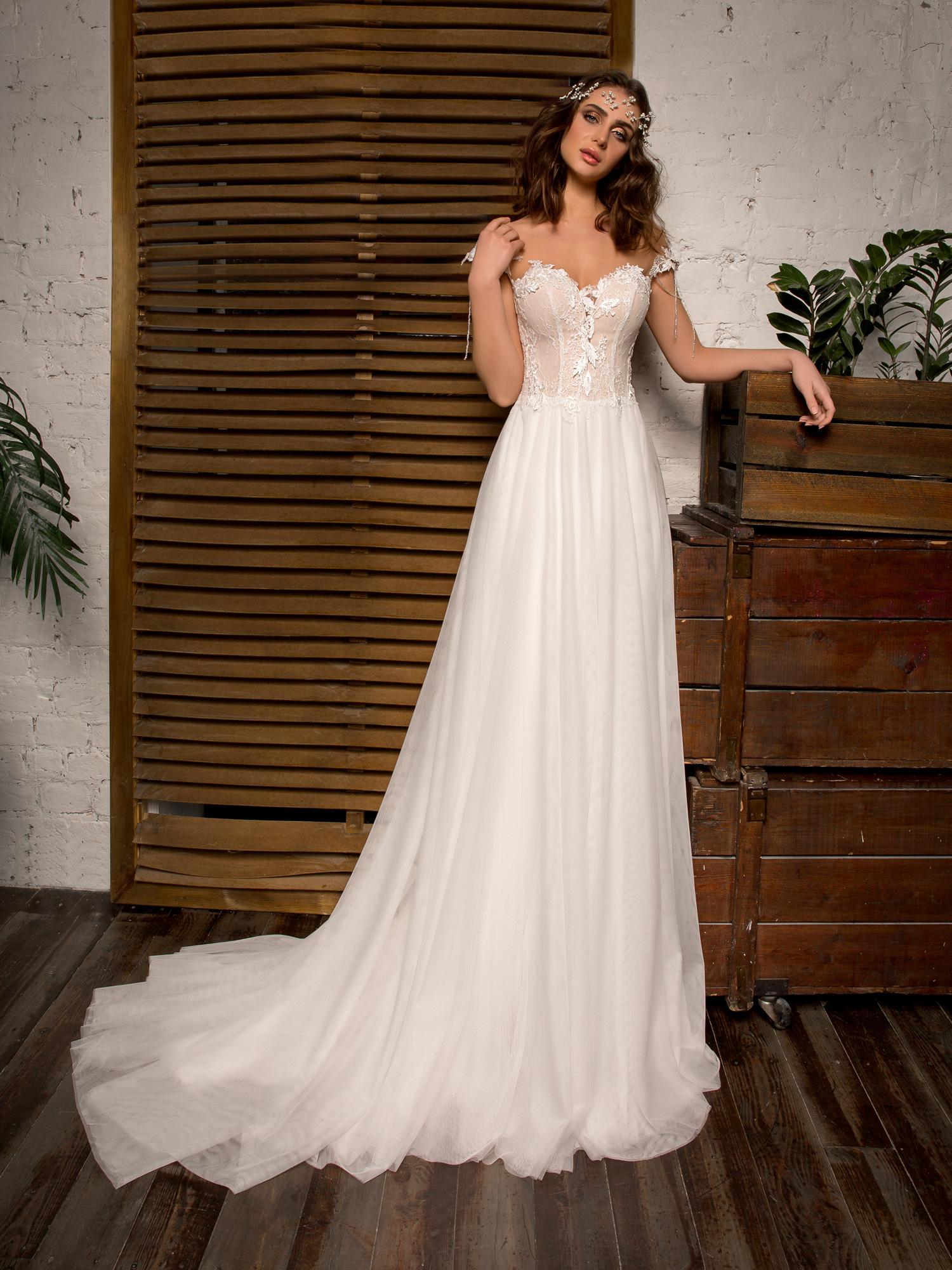 robe de mari e nice par herv paris chez white boutik. Black Bedroom Furniture Sets. Home Design Ideas